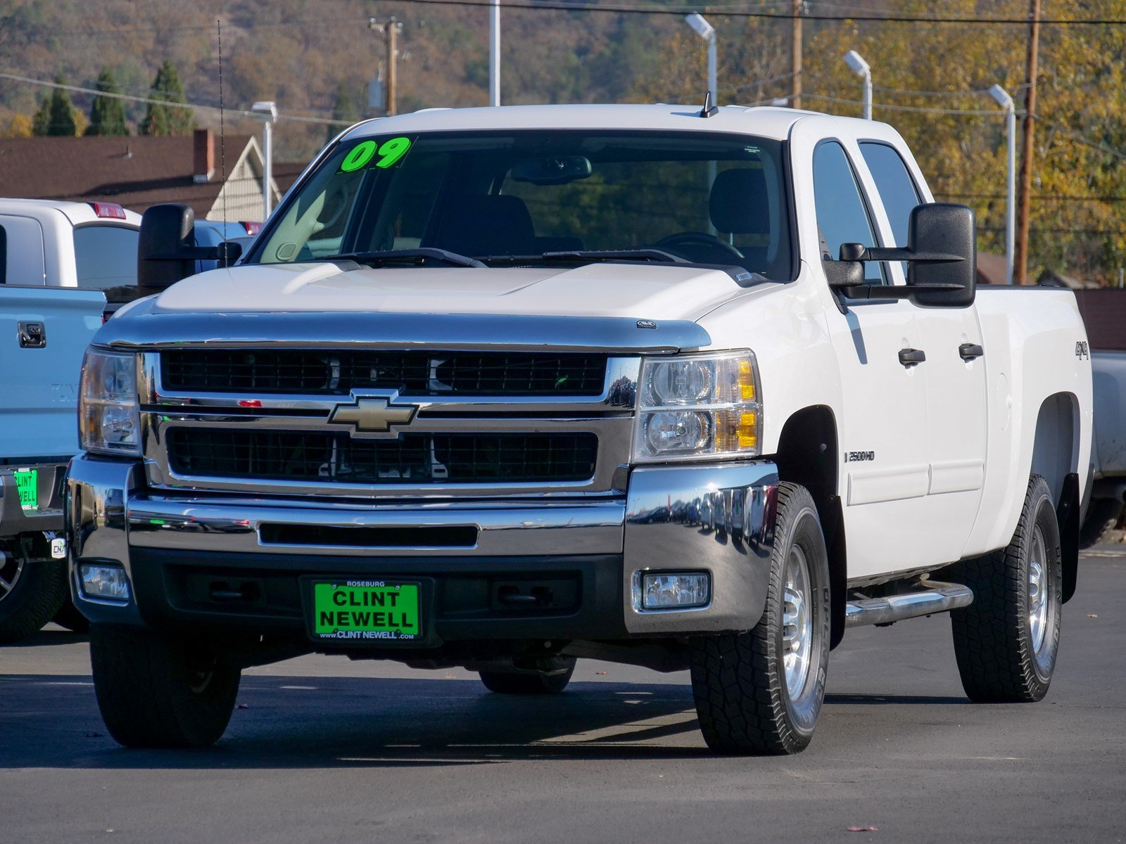 Pre Owned 2009 Chevrolet Silverado 2500HD LT Crew Cab Pickup in