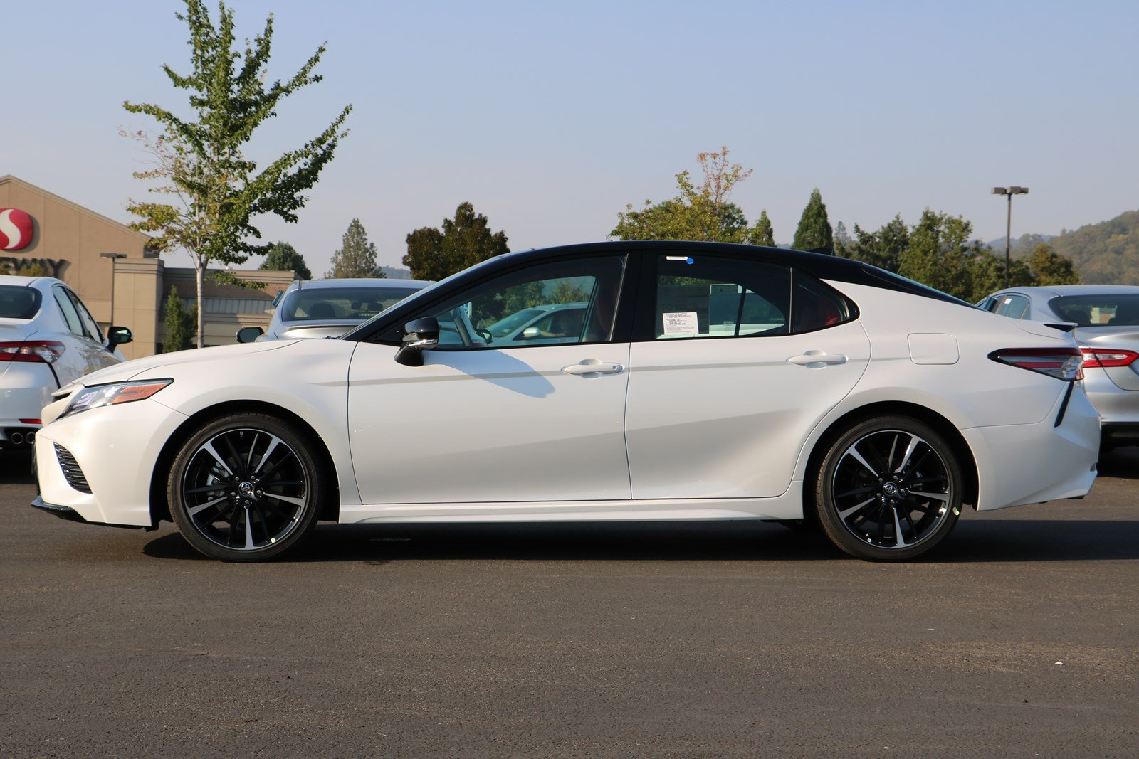 New 2018 Toyota Camry XSE V6 4dr Car in Roseburg #T18016 | Clint Newell Toyota
