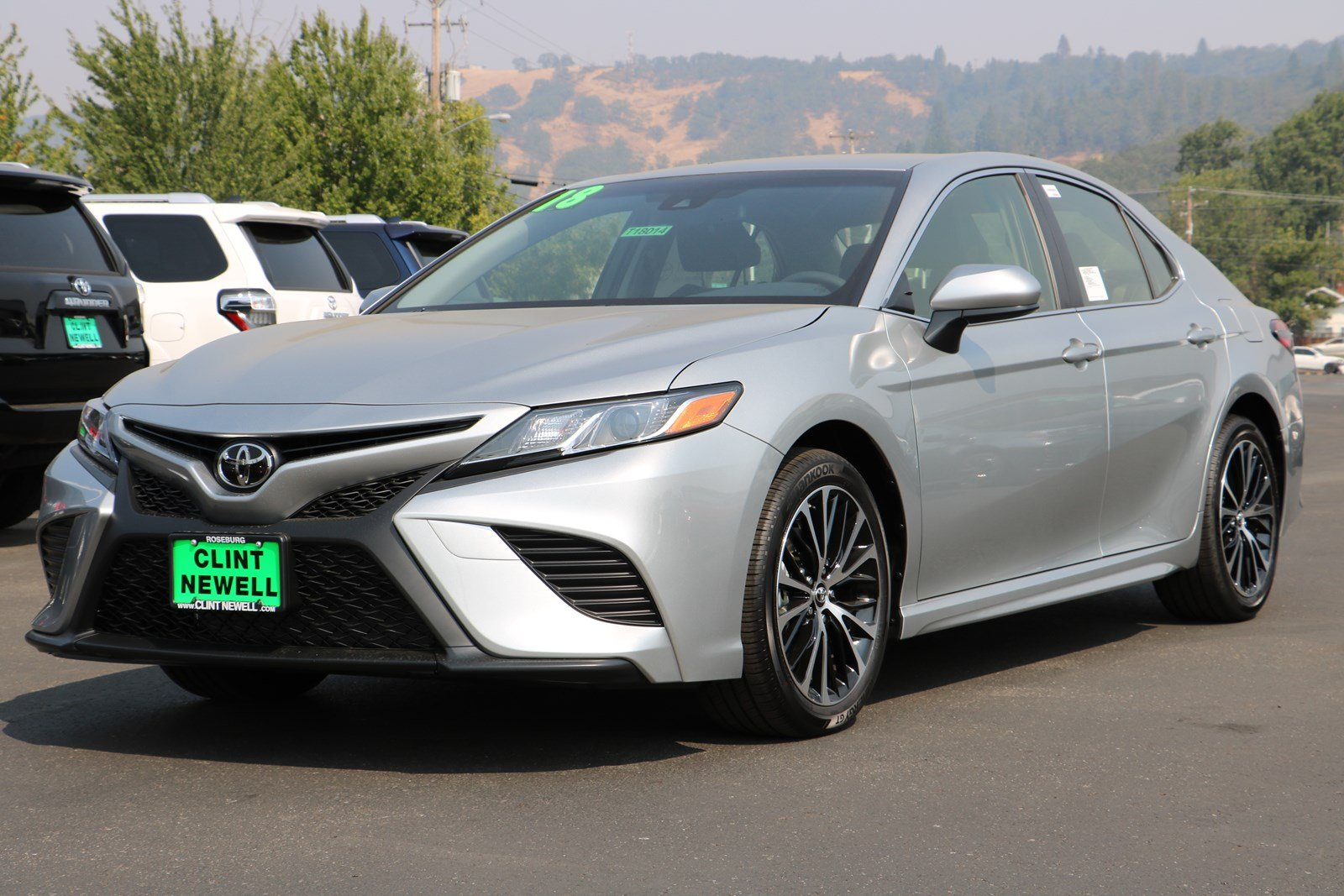 New 2018 Toyota Camry Se 4dr Car In Roseburg T18014