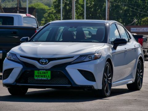 New 2018 Toyota Camry XSE V6 With Navigation