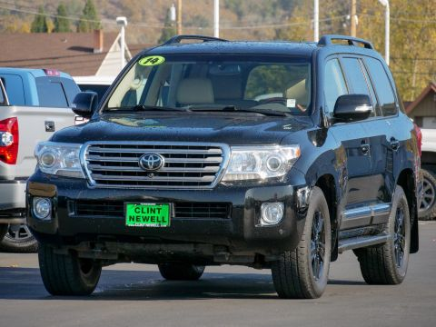 Pre-Owned 2014 Toyota Land Cruiser VX